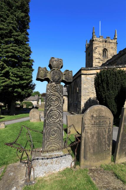 Anglo Saxon cross - Dave Porter via Canva