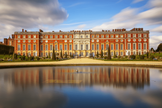 Hampton Court - Gábor Nagy via Getty Images