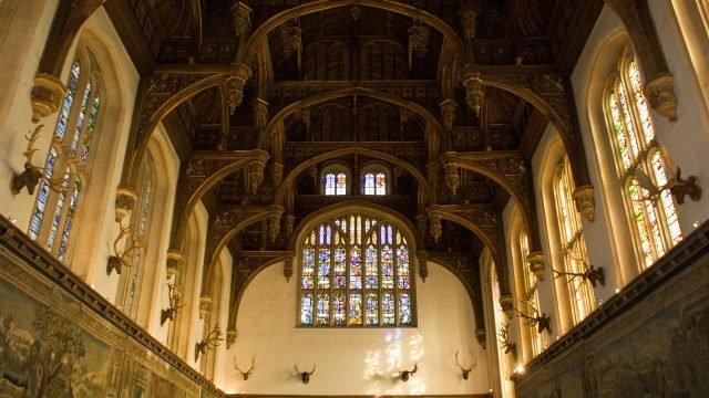 Hampton Court Great Hall - irBri via flickr CC BY-NC-ND 2.0