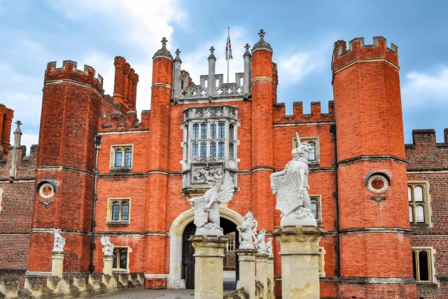 Hampton Court - mistervlad via canva