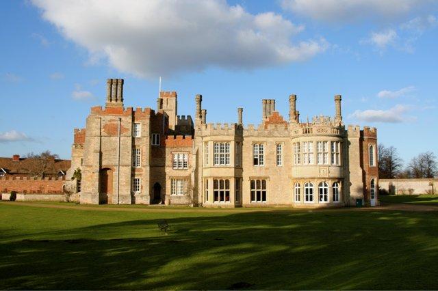 Hinchingbrooke House - Duncan Grey via commons.wikimedia CC BY-SA 2.0