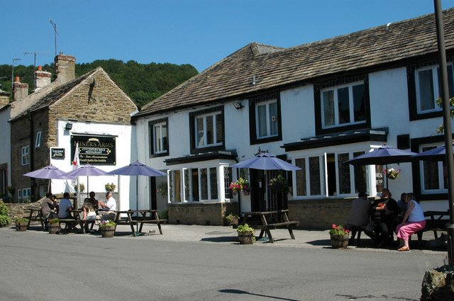 The Miners Arms - Row17 via geograph.org.uk