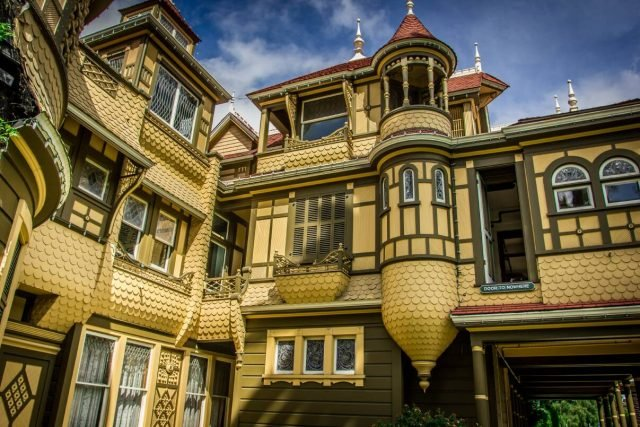 Winchester Mystery House at daytime - presskit