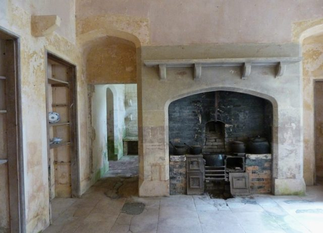 Woodchester Mansion kitchen - Rob Farrow via geograph.org.uk CC BY-SA 2.0