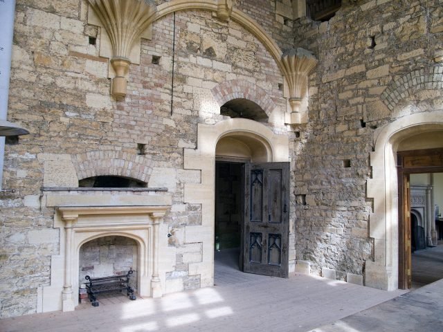 Woodchester Mansion wall - Fiducial via commons.wikimedia CC-BY-SA 3.0